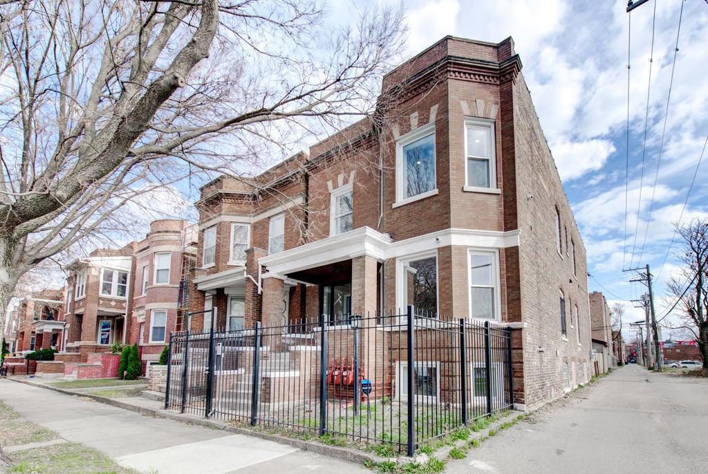 6245 S Champlain Avenue -1 Chicago, IL 60637