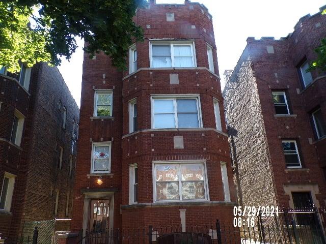 8225 S Ingleside Avenue -3 Chicago, IL 60619