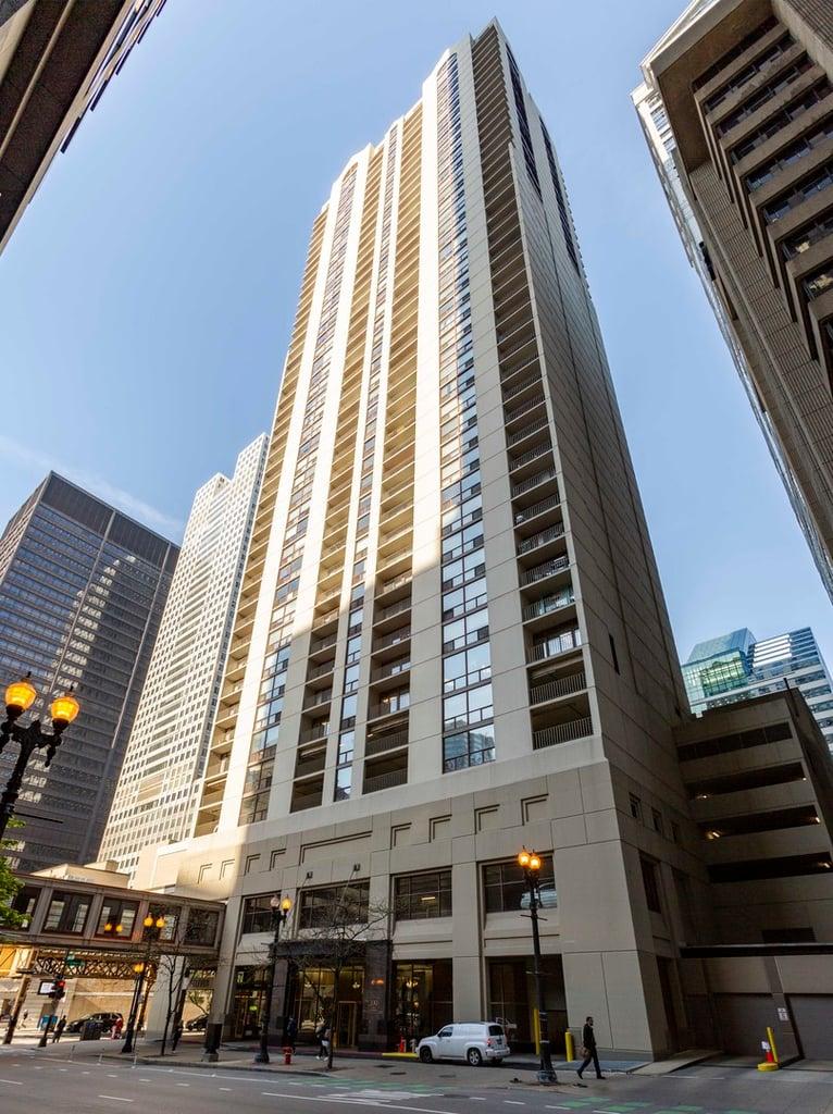 200 N Dearborn Street -1008 Chicago, IL 60601