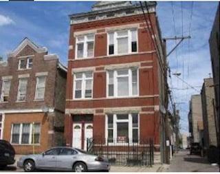 1711 S Laflin Street -1R Chicago, IL 60608