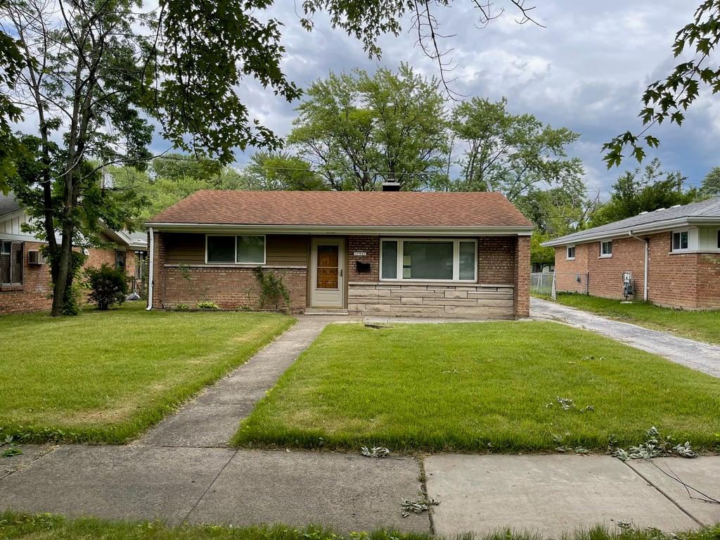 17937 Wildwood Avenue Lansing, IL 60438