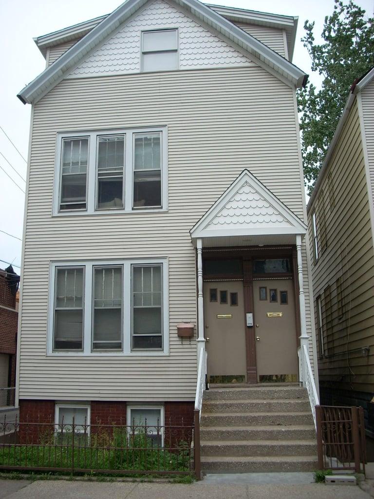 2614 N Marshfield Avenue -2 Chicago, IL 60614