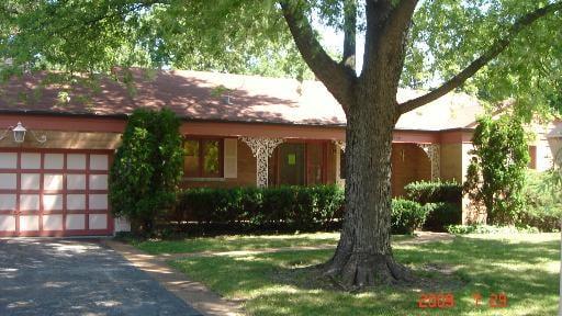 708 EDGEMONT Lane Park Ridge, IL 60068