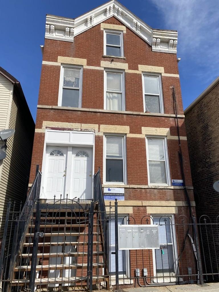 1836 W 18th Street -3F Chicago, IL 60608