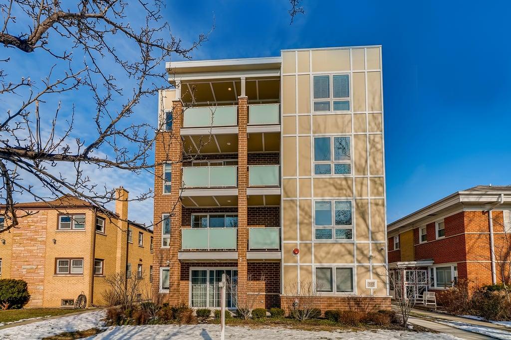 515 Summit Avenue -C Park Ridge, IL 60068