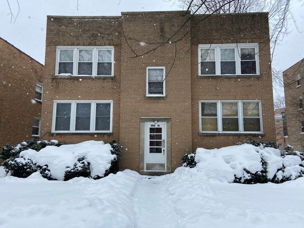 2619 W Estes Avenue -1E Chicago, IL 60659