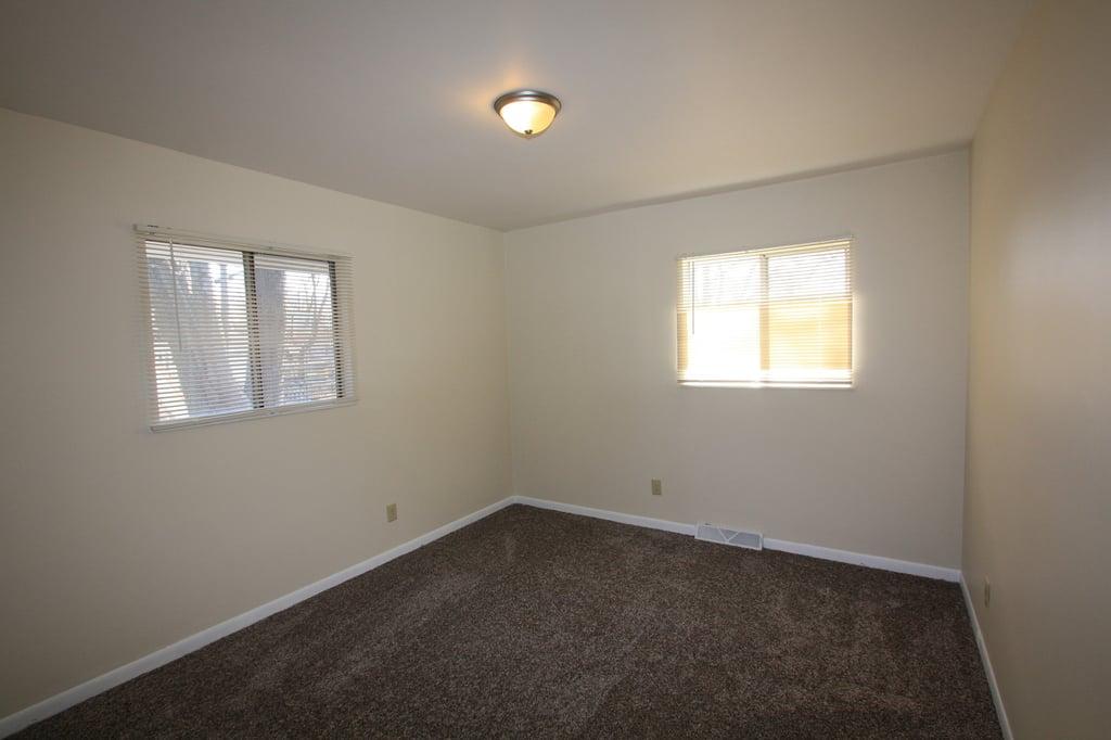 811 Cypress Lane,Joliet,IL-23712-5
