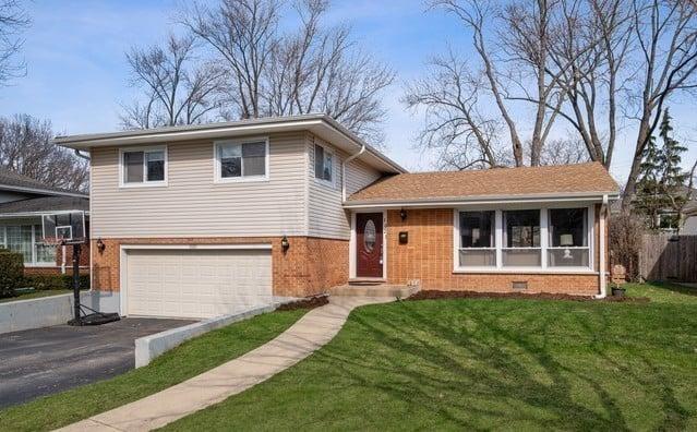 1021 KNOLLWOOD Road Deerfield, IL 60015