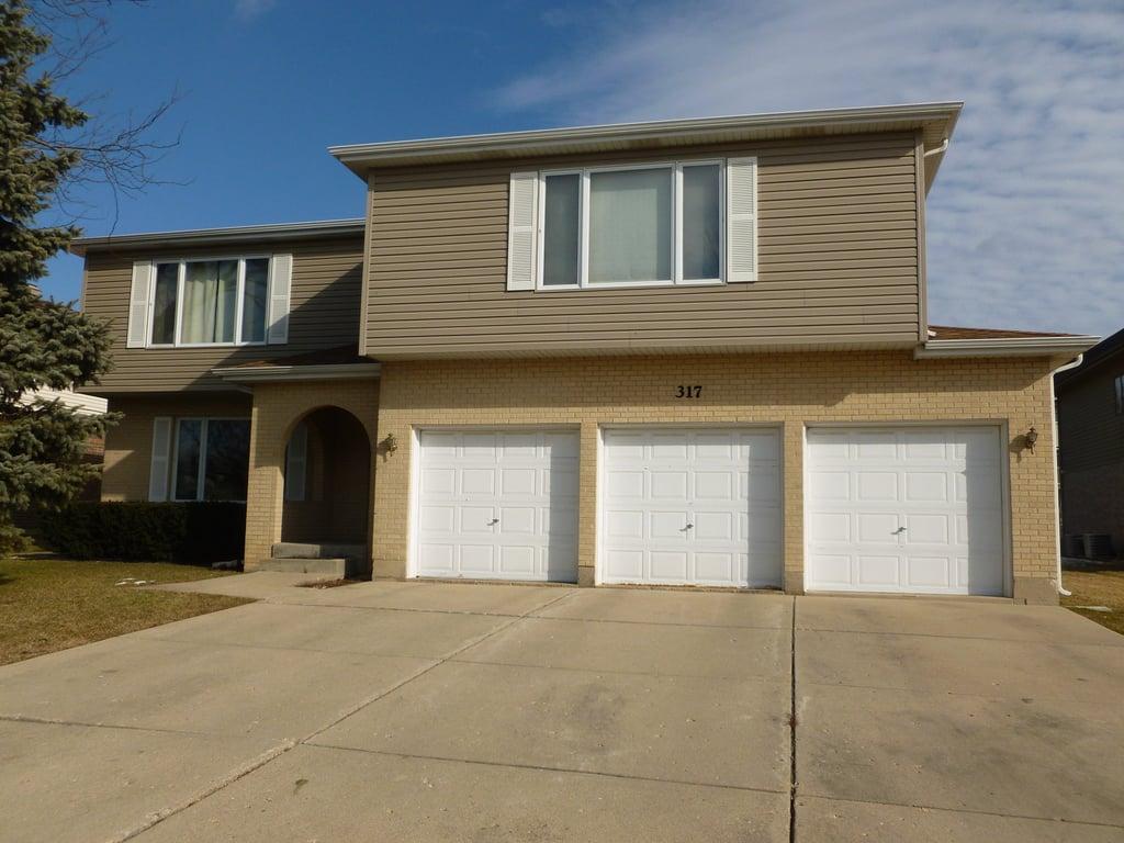 317 Dee Court -B Bloomingdale, IL 60108