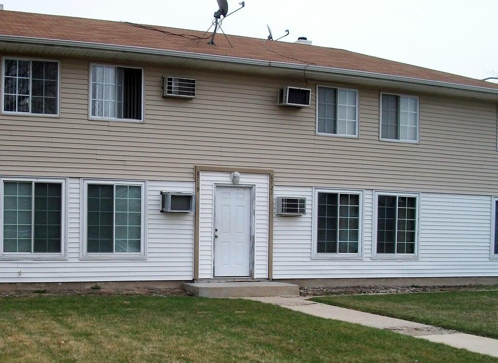 8713 S Keeler Avenue -2 Hometown, IL 60456