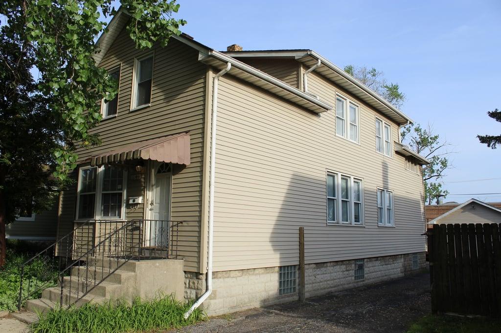 8103 46th Street Lyons, IL 60534