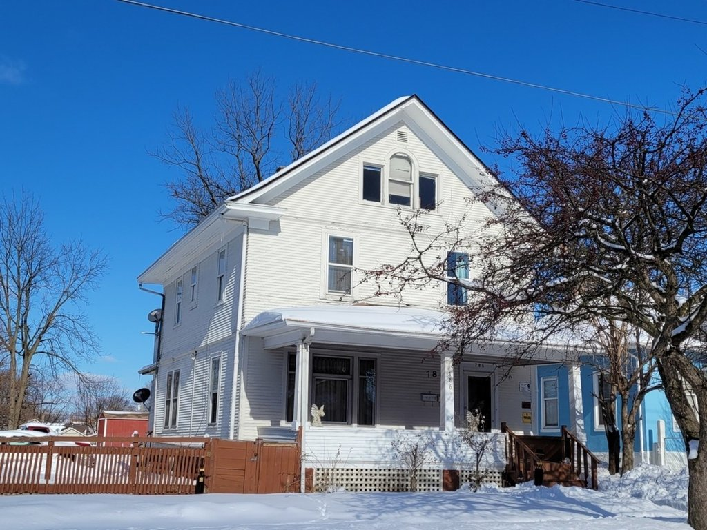 786 E Benton Street -2 Aurora, IL 60505