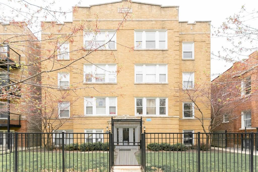 6118 N Claremont Avenue -3 Chicago, IL 60659