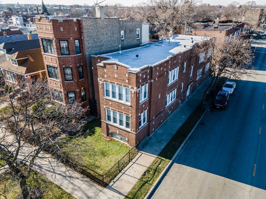 1633 W 76th Street -2W Chicago, IL 60620