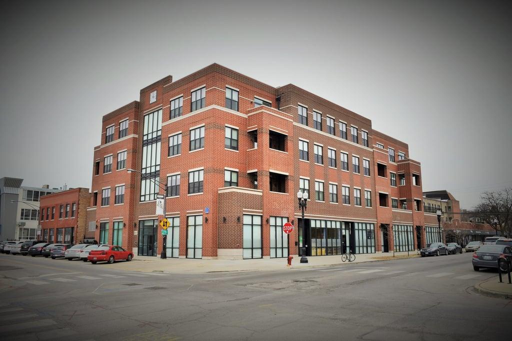 4601 N Ravenswood Avenue -203 Chicago, IL 60640