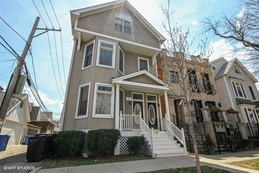 1415 W BARRY Avenue -1 Chicago, IL 60657