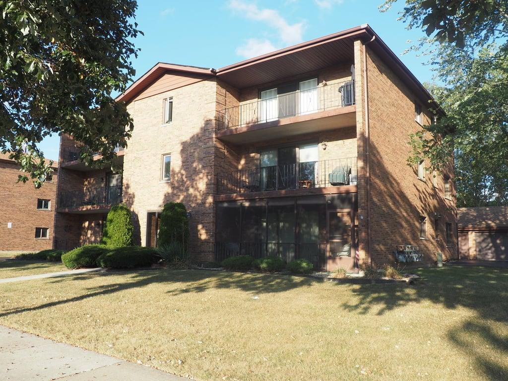 14531 S Ravinia Avenue -2S Orland Park, IL 60462