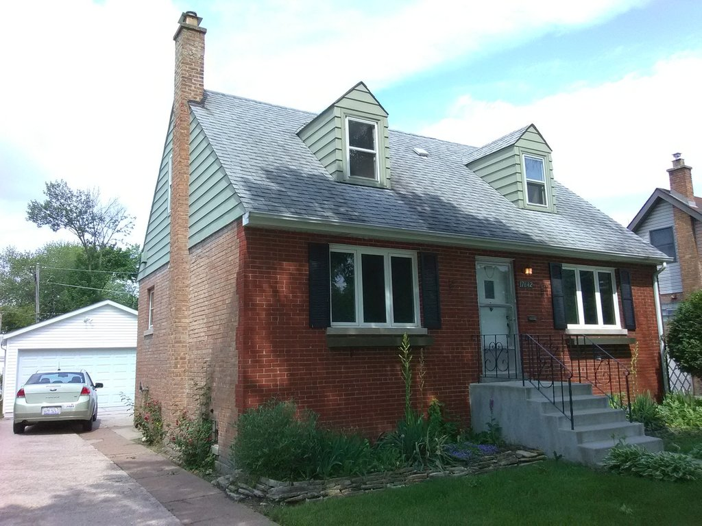 17642 Henry Street Lansing, IL 60438