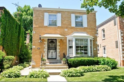 6224 N RIDGEWAY Avenue Chicago, IL 60659