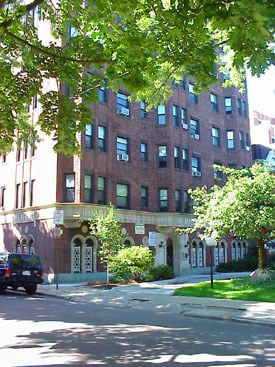 601 W Deming Place -208 Chicago, IL 60614