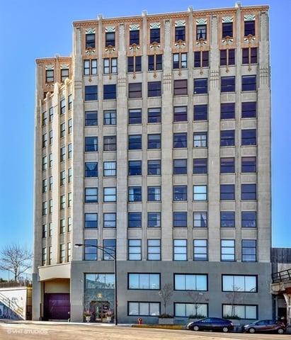 1550 S Blue Island Avenue -906 Chicago, IL 60608